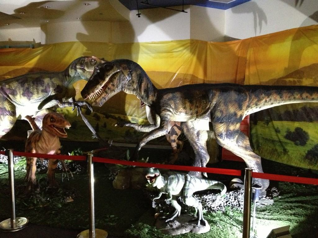 Get $5 Tickets to visit The World of Dinosaurs at The Laguna Hills Mall now through the end of 2015!