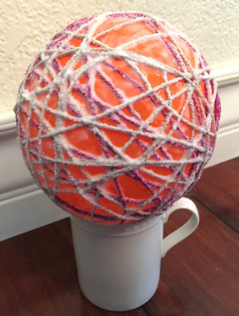 Easy Yarn Easter Egg Tutorial