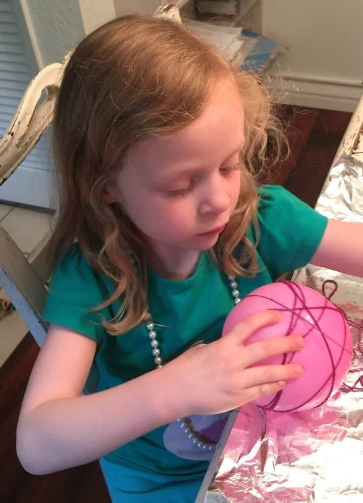 Easy Yarn Easter Egg Tutorial