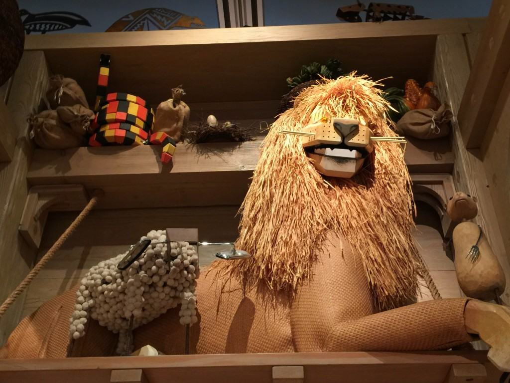 Noah's Ark at the Skirball Cultural Center in Los Angeles makes for a great family outing and field trip location for schools.
