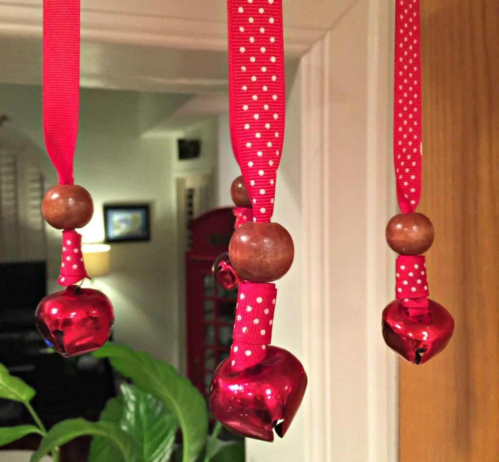 Learn how to make an easy homemade wind chime craft for kids