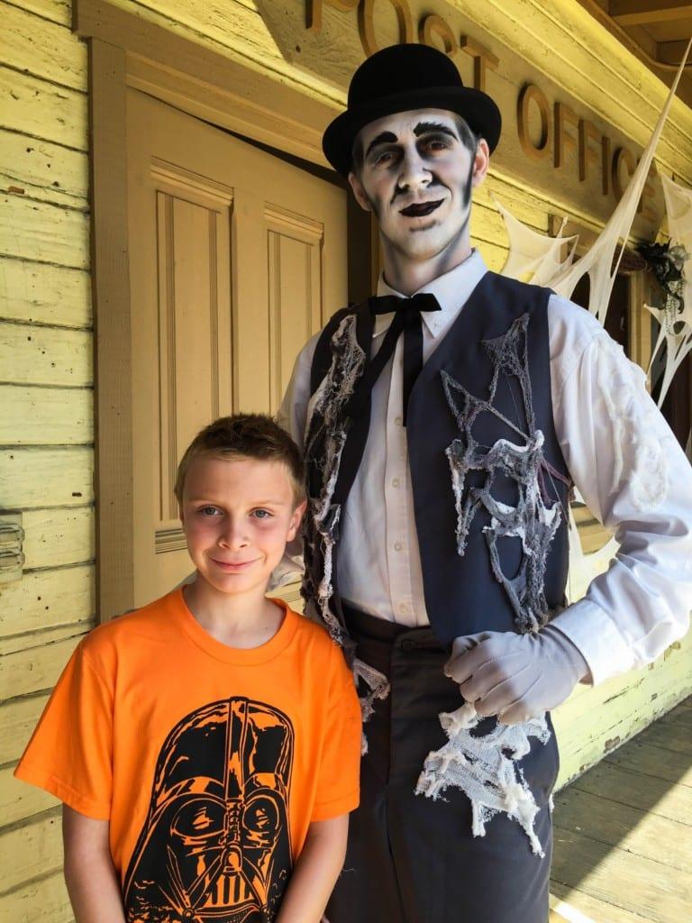 halloween-knotts-spooky-farm