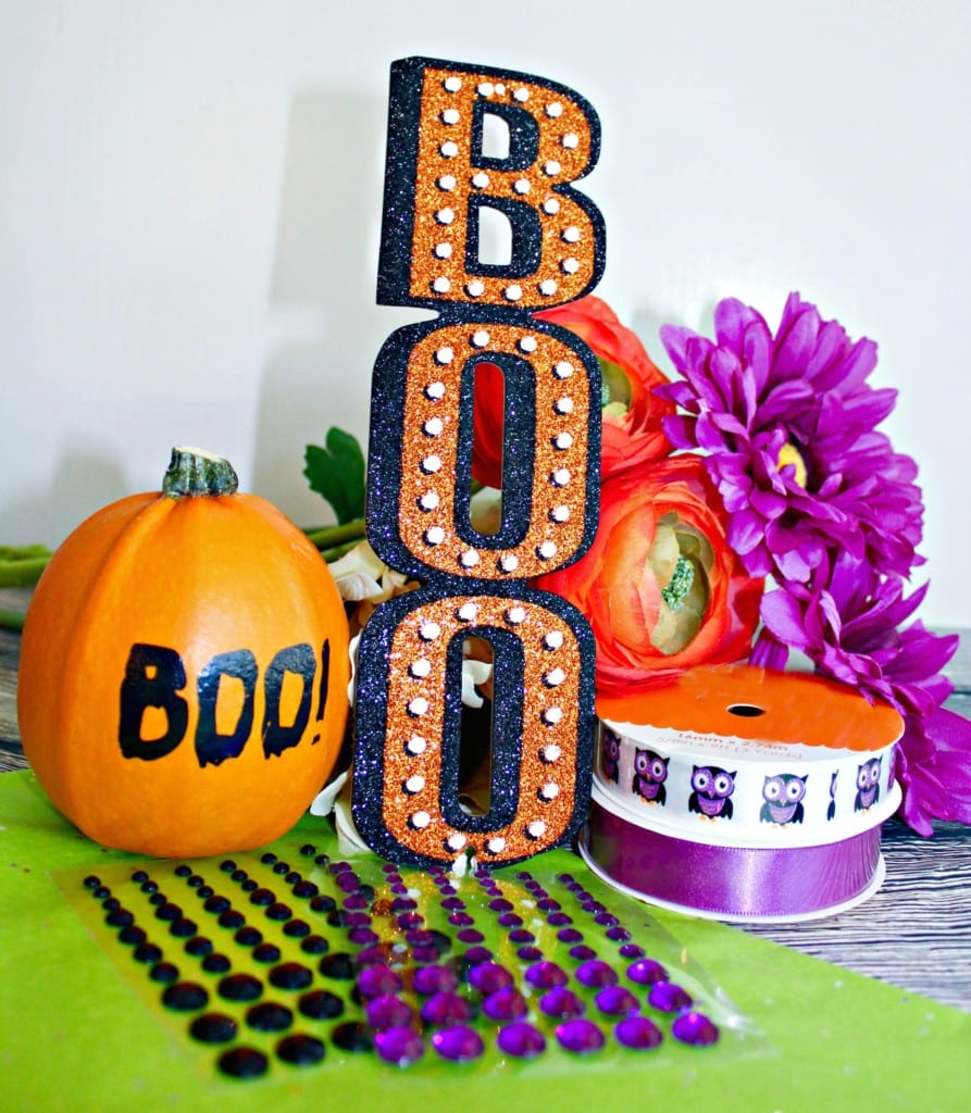 "Do you enjoy Halloween? Check out this new modern day tradition called BOO'ing! Sometimes called ""Ghosting"" or ""the Phantom"", Halloween BOO'ing is an autumn take on the traditional ""Secret Santa"". Usually seen in neighborhoods--but sometimes in the workplace --BOO'ing is a friendly tradition for Halloween fun."