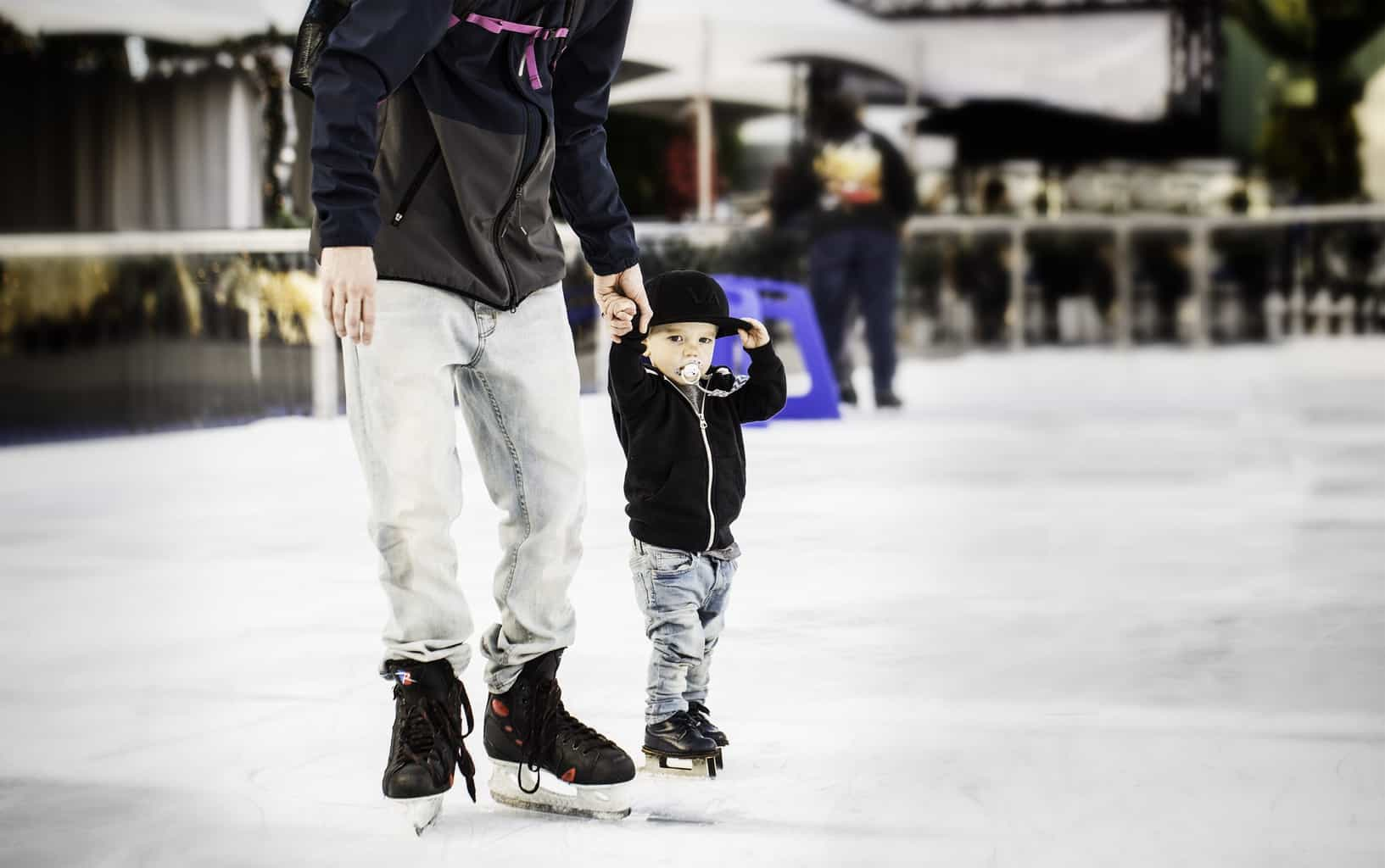 Where you can find snow in Southern California? At Winter Fest OC 2019 blowing into the OC Fair & Event Center in Costa Mesa on December 19 through January 5. Winter Fest embodies the spirit of the winter season, bringing fun and merriment to sunny Southern California.