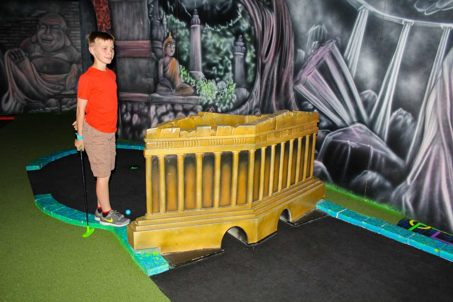 Get ready to experience miniature golf like never before! Glo Mini Golf in Riverside is a state of the art, indoor, glow in the dark mini golf course. The facility features hundreds of black lights that illuminate the course in a kaleidoscope colors! Travel the world with our 27 'World Wonder' themed holes. Go from the Great Pyramids of Egypt to the Running of the Bulls in Spain to Niagara Falls in New York all lit up by colorful glow in the dark paint.
