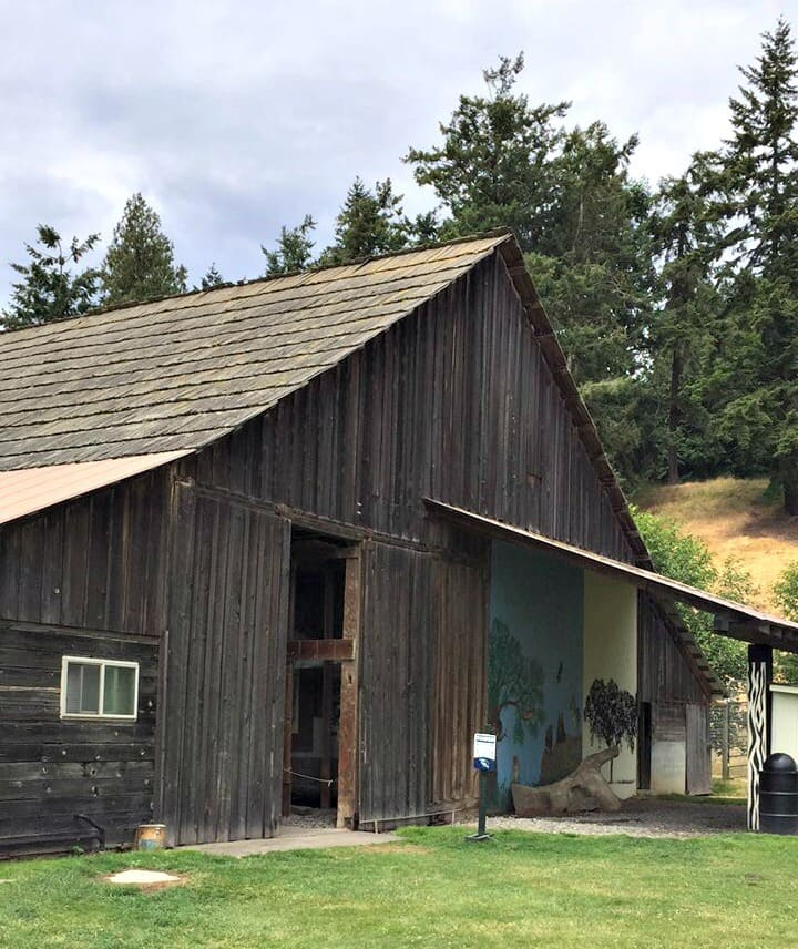 Are you planning a vacation to Washington State? Check out these Top 3 Not-To-Miss Places To Visit in Washington while touring the area.