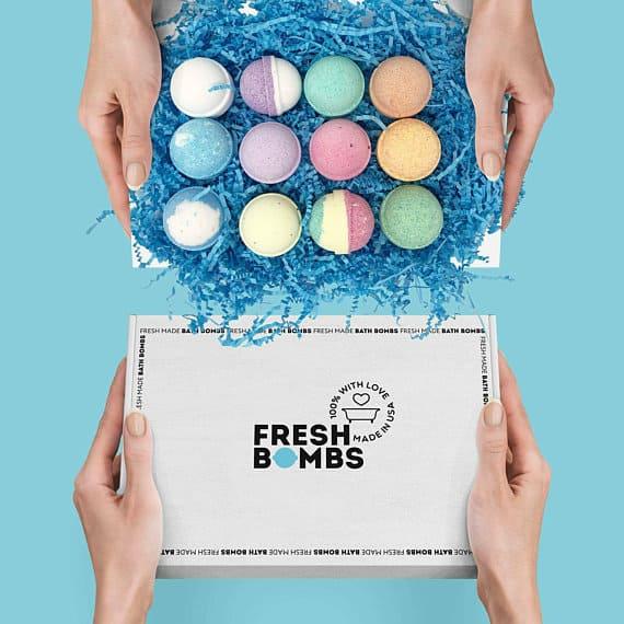 12 bath bombs gift set on easy