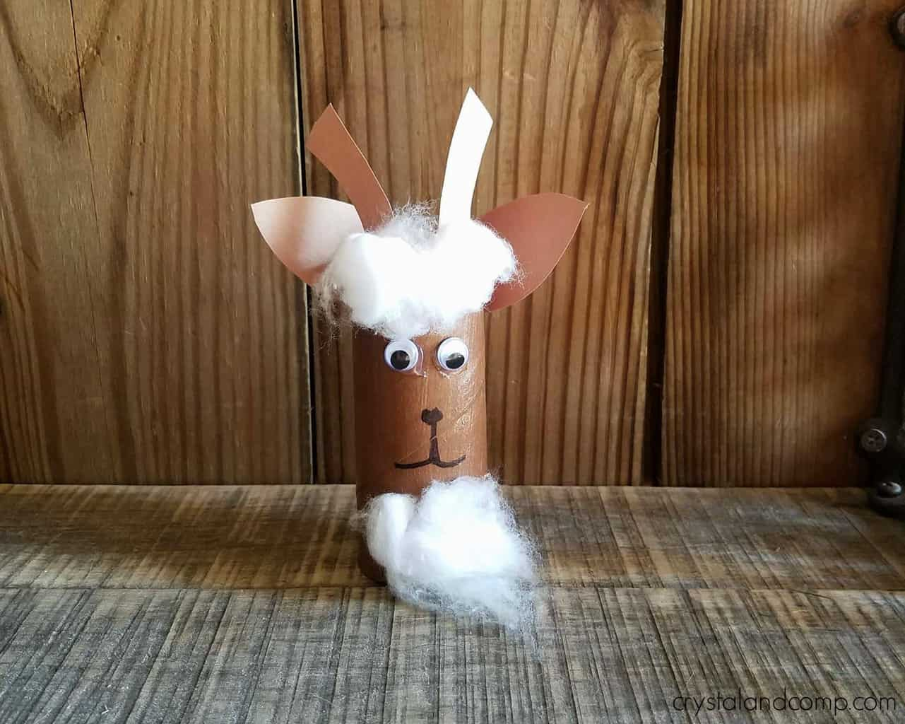 Easy goat craft for kids made out of a toilet paper roll.