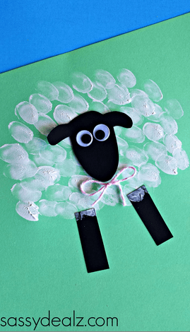 Simple sheep handprint craft for preschool