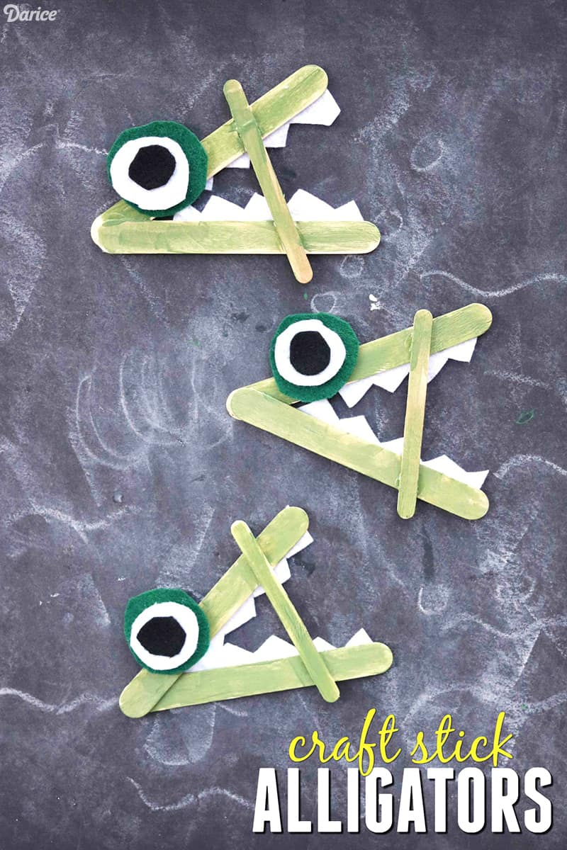 Green alligator popsicle stick craft for preschool