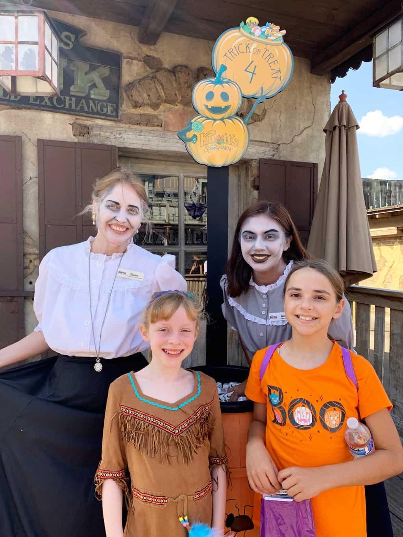 Knott's Spooky Farm Tickets