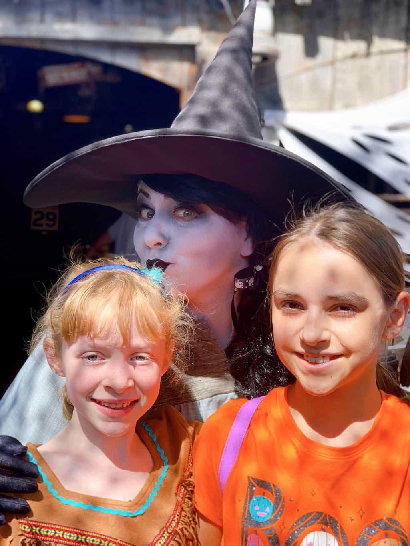 Tickets to Knotts Spooky Farm