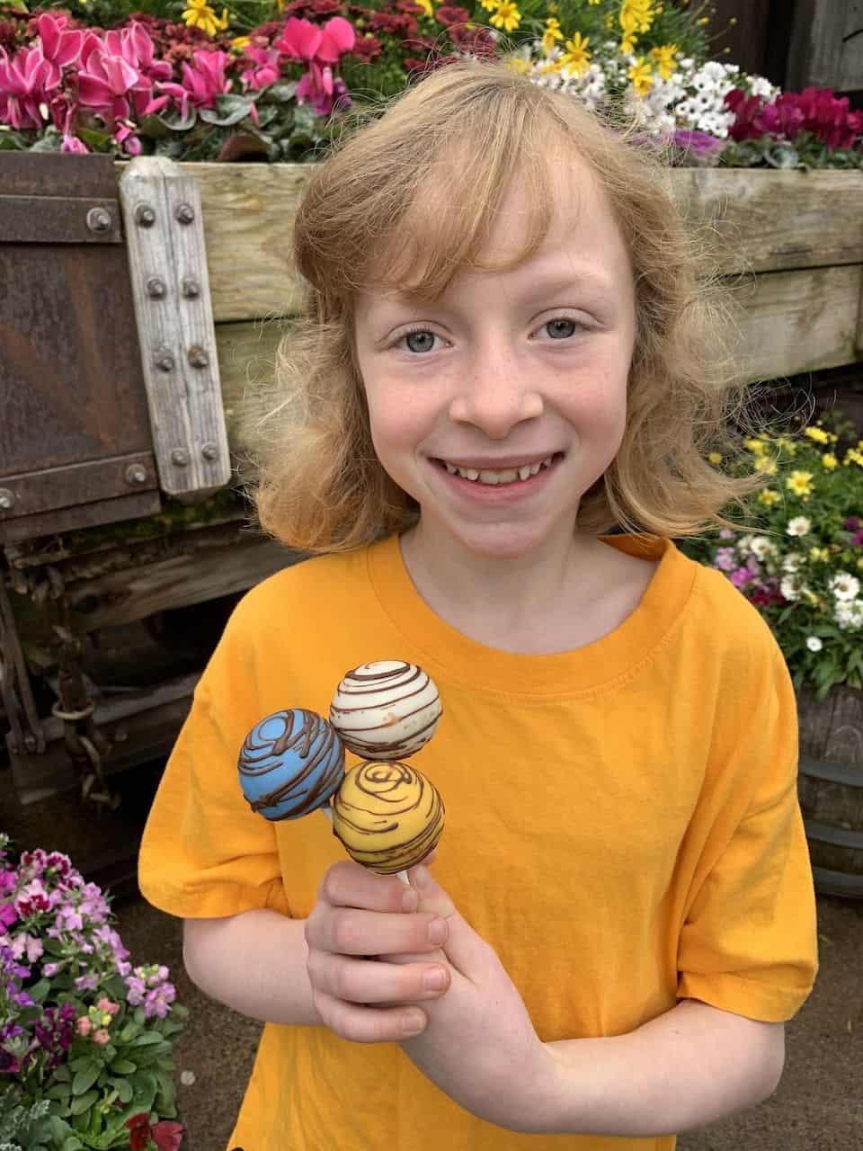 Cake Pops at Knotts