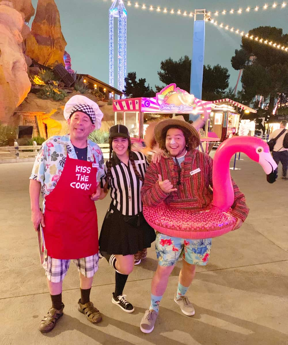 Characters at Knott's Summer Nights