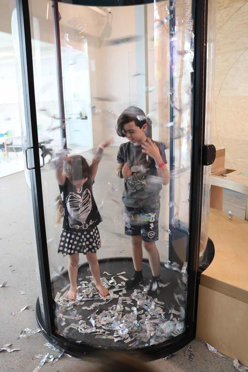 Children in glitter room Cayton Childrens Museum in Santa Monica
