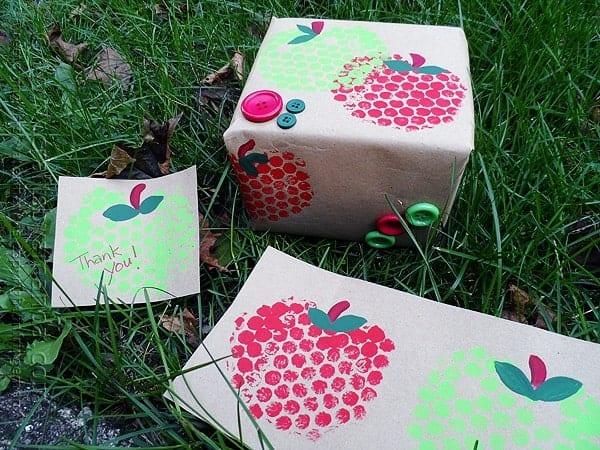 Easy Apple Kids Craft Idea