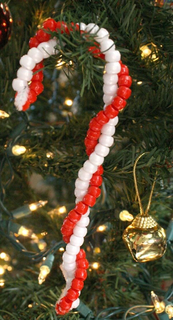 Christmas bead craft for kids