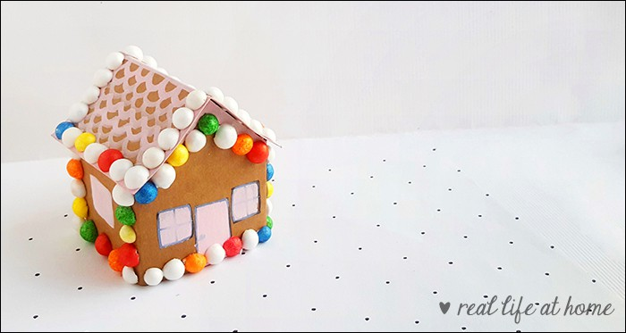 easy kids gingerbread craft made out paper and candy