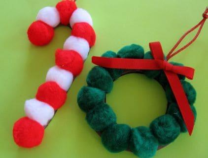 Pom Pom Christmas craft preschool