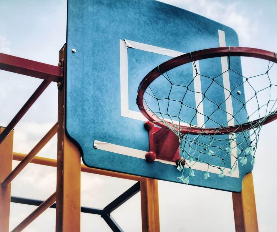 Basket ball hoop