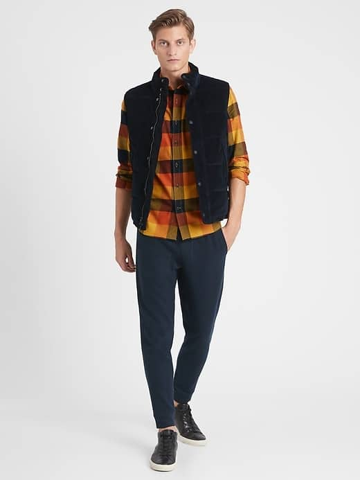 Men wearing a fall outfit from Banana Republic
