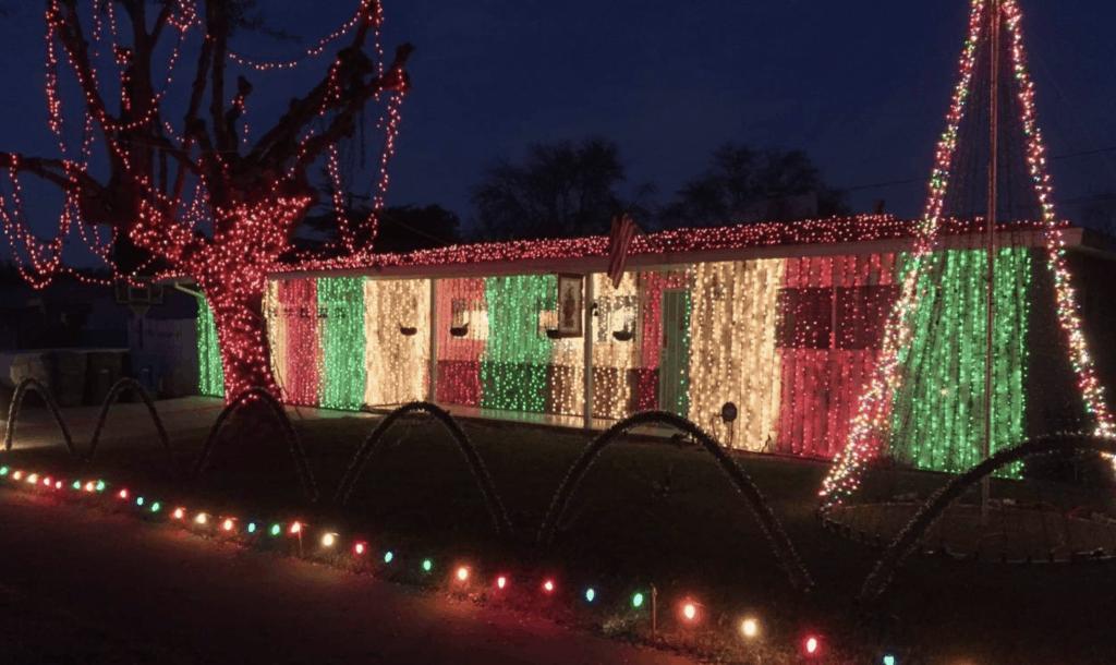 Christmas Lights near Riverside