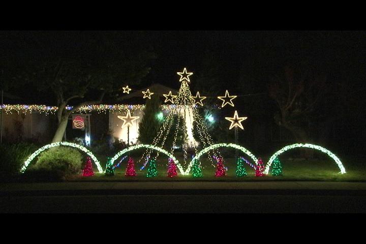 Spur Court Christmas Lights Chino