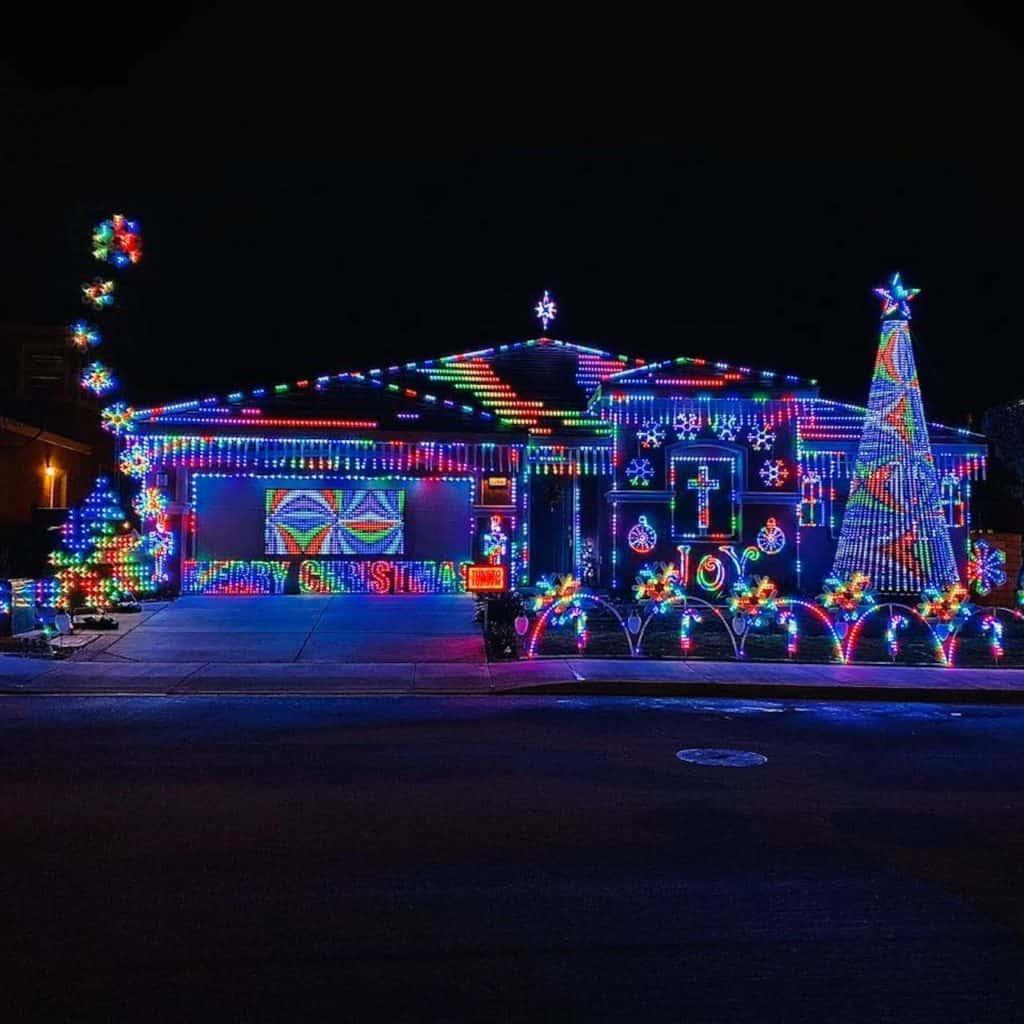 Christmas Lights Drive To Near San Bernardino 2021 Where To See Christmas Lights In San Bernardino Updated 2020 Socal Field Trips
