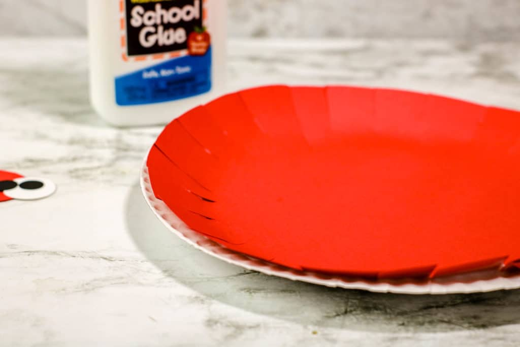 How to make a paper plate crab craft